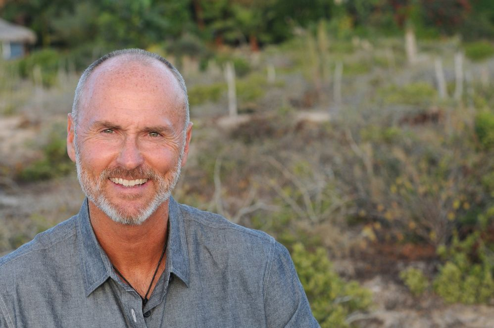Sabiduría en el trabajo: una entrevista con Chip Conley