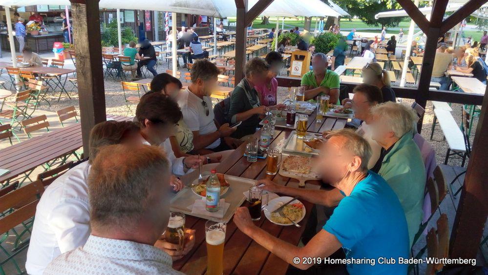 AirBnBiergarten des Homesharing Clubs Baden-Württemberg