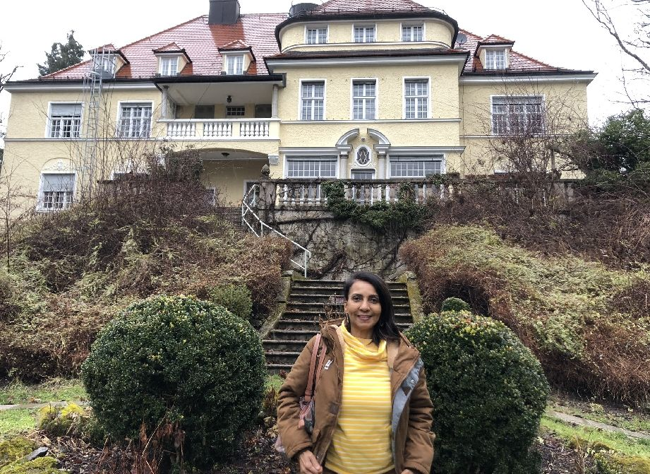 Schloss mit Zimmervermietung in Berg am See