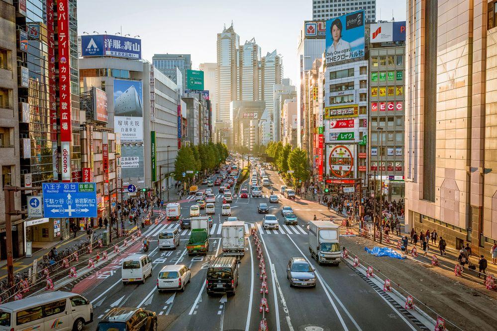 AirbnbとJTBが訪日外国人旅行者の周遊消費拡大に向けたまちなかでの手ぶら観光サービス実証事業を実施