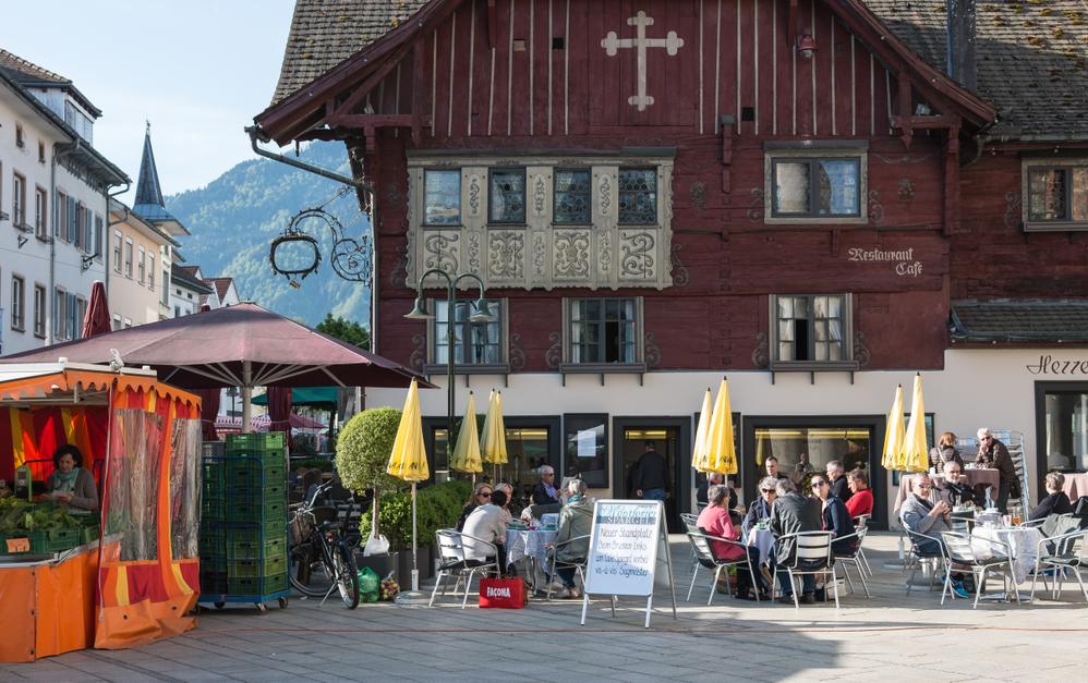 Marktplatz_Rotes Haus.png