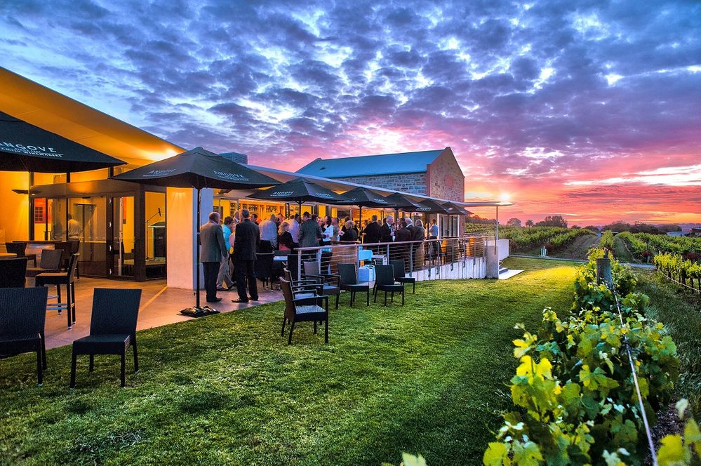 120 great cellar door wineries in the area