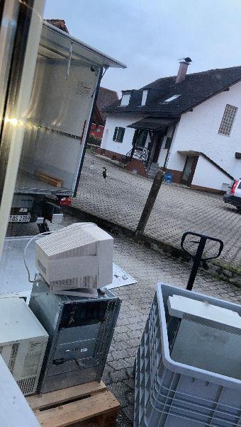 Computer aus der Dorfenstr, jetzt auf dem Weg ins Museum