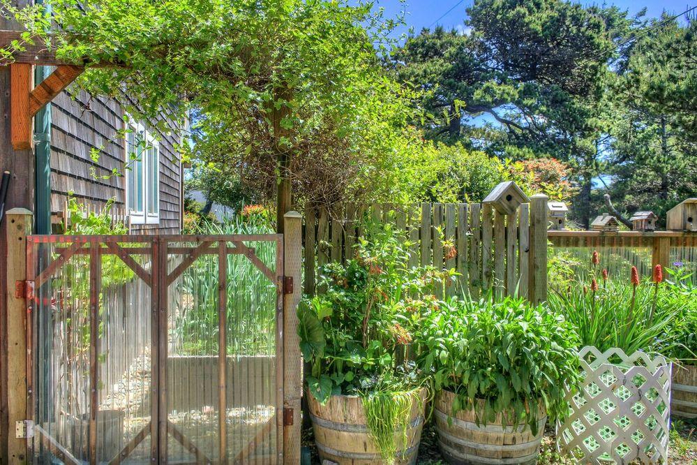 garden-entrance.jpg