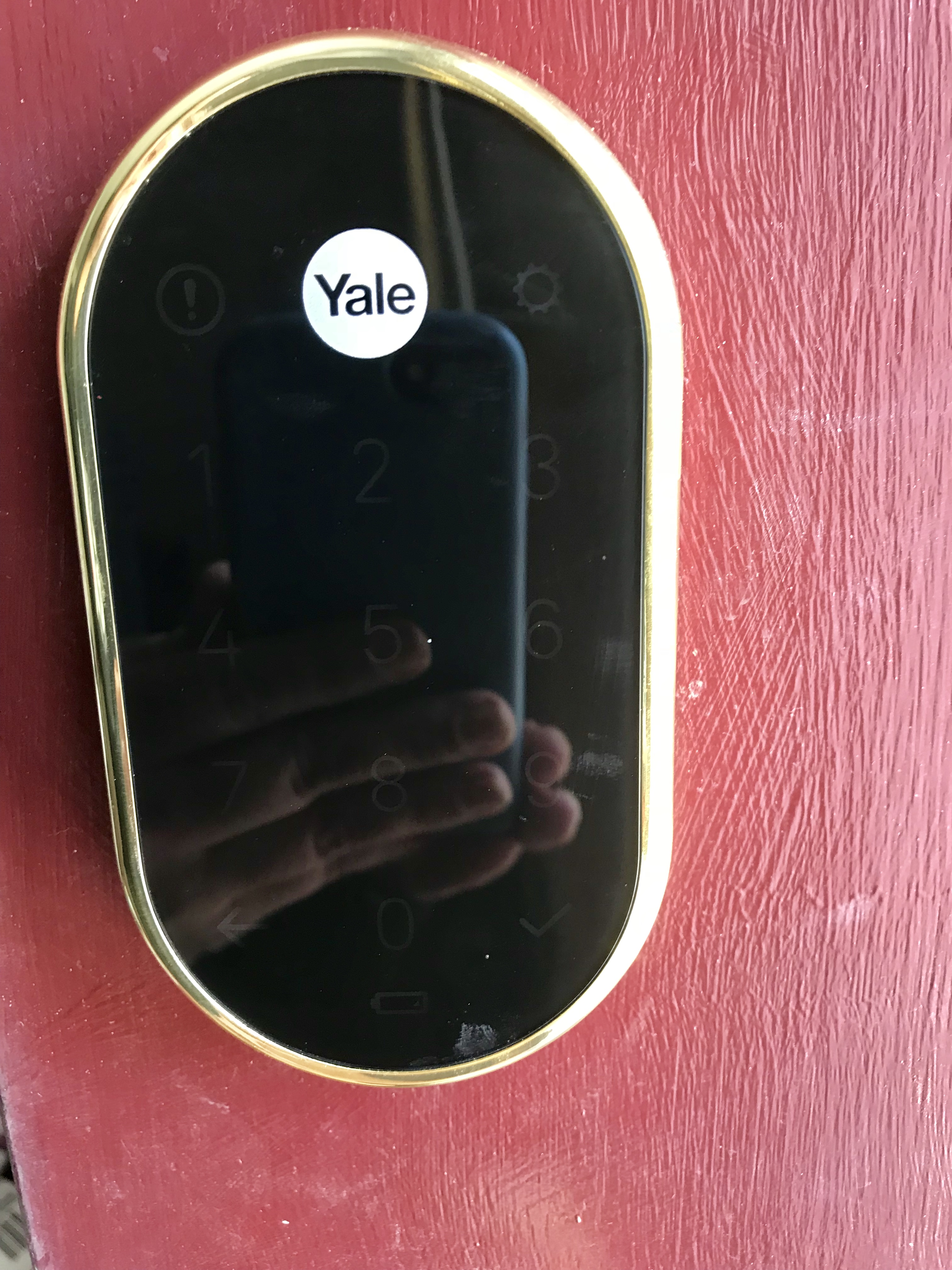 Electronic Door Locks that Work with your Phone - Airbnb