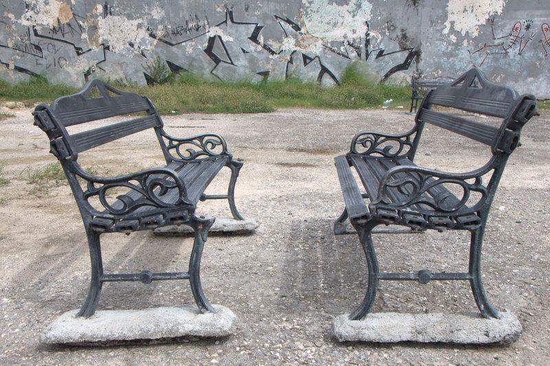 Park Benches in Centro Habana.jpg